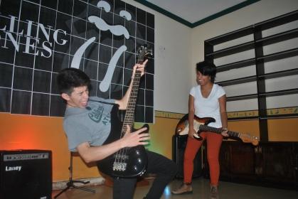 Jóvenes disfrutan el recorrido musical en Acrópolis Guatemala (Foto: ESU Mildred Mazariegos)