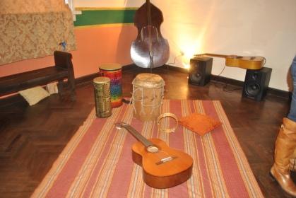 Instrumentos musicales en del recorrido en Acrópolis Guatemala (Foto: ESU Mildred Mazariegos)