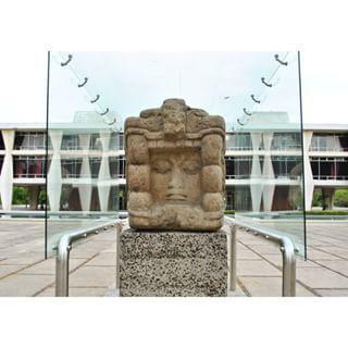 monumento U