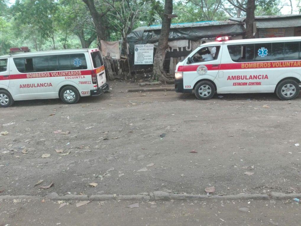Unidades de Bomberos Voluntarios trasladas a reos lesionados