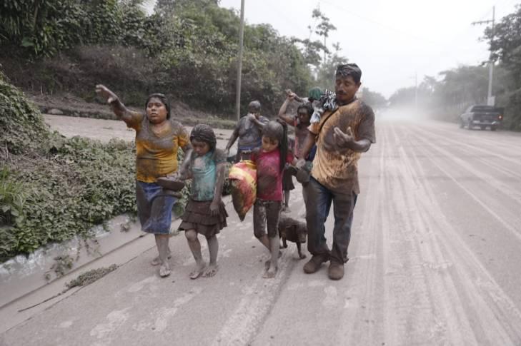 Comunidades de Milpas Altas son evacuadas.