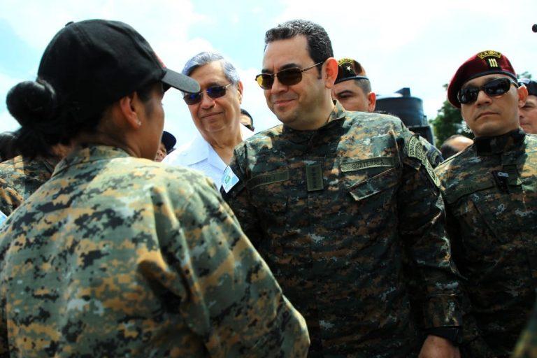 Jimmy Morales Militar 3