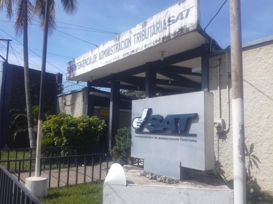 La sede departamental de la SAT en Santa Rosa cuenta con horario especial para la realización del pago del impuesto de circulación..jpg