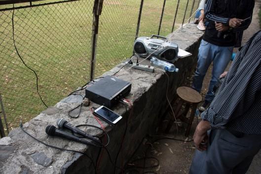 Elementos de la radio. Foto por Cristhian Ramirez