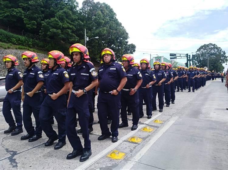 Desfile Bomberos Municipales 63 aniversario 5