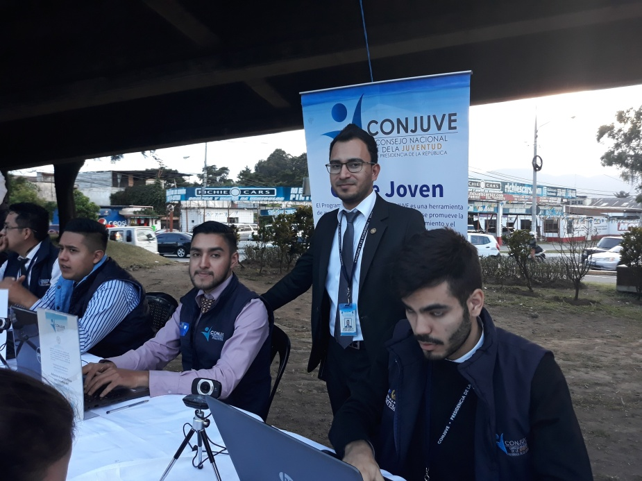 Edwar Bonilla Jefe del Departamento de Participación y Desarrollo Integral Juvenil (CONJUVE) Foto 11