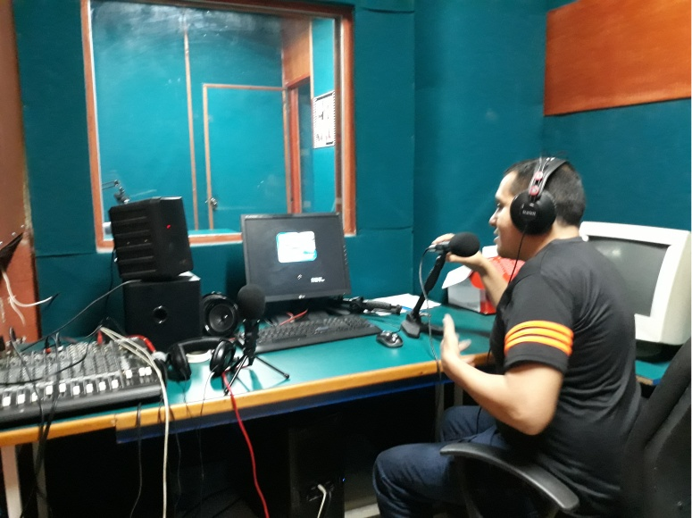 Cabina de Radio E  Foto 4.jpg