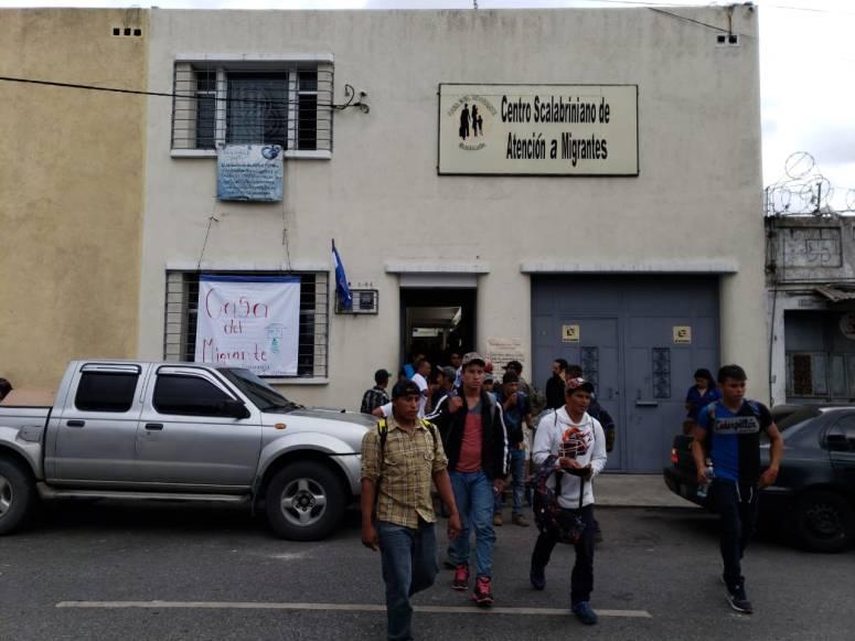 Hondureños buscan el sueño americano 18102018 3