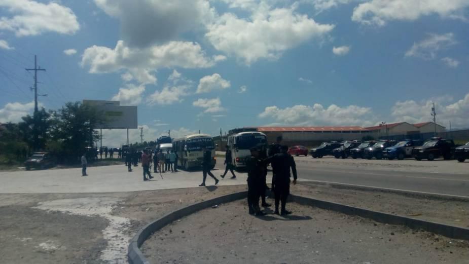PNC trata de evitar ingreso de hondureños 23102018 3