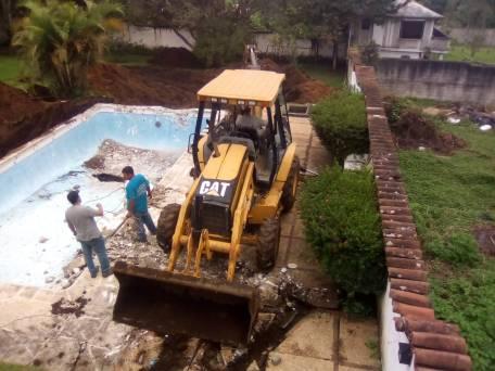 Tunel en allanamiento en Santa Elena Barillas Villa Canales 0610208 4