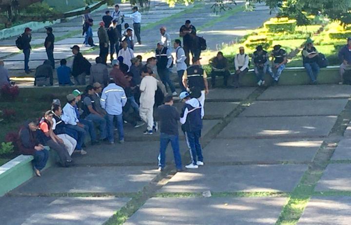 Reunión plaza martires