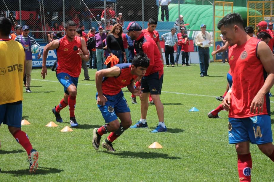 JOHN MENDEZ (4).JPG